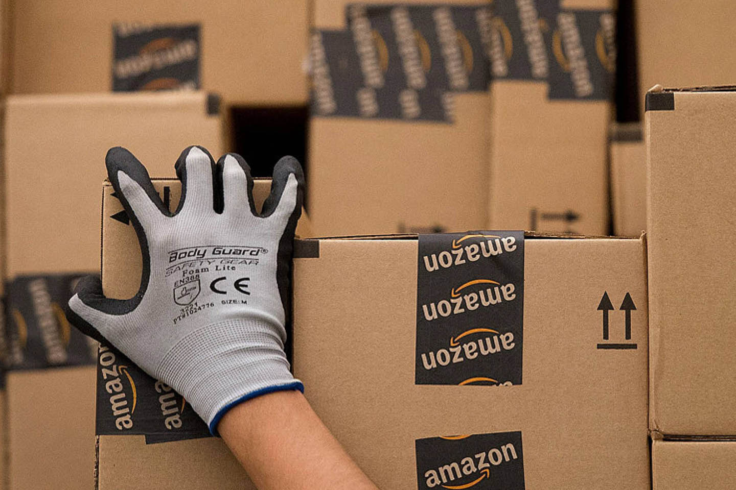 Amazon Drivers To Sue for Compensation Over Rights